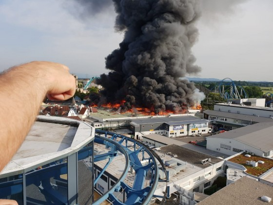 Europa Park in Flammen